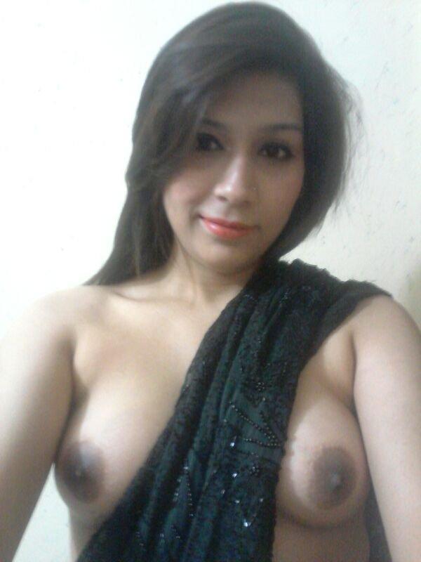 Nude Selfie 10816