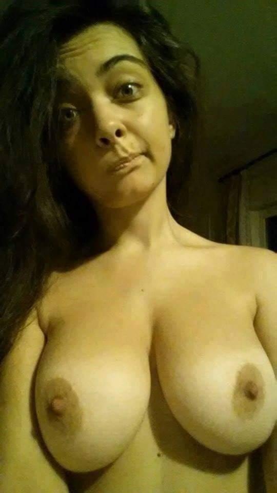 Nude Selfie 10805