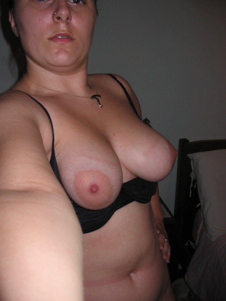 Nude Selfie 10826