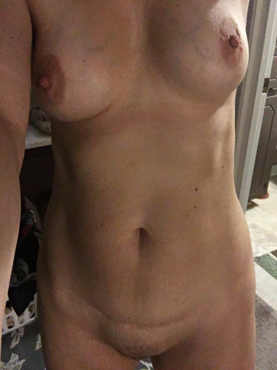 Nude Selfie 10839