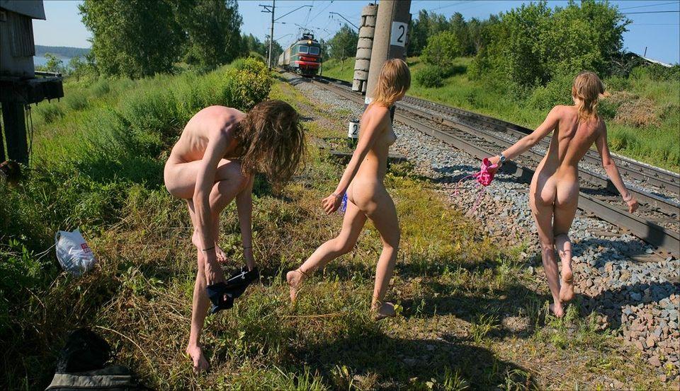 Фото голые поржать красотки порно голые