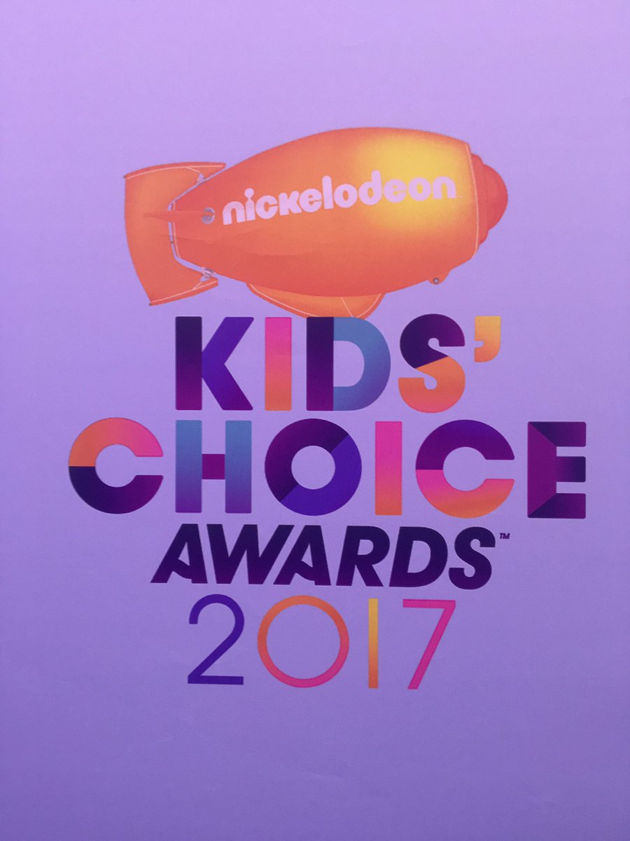Who's excited for #KCA 2017!! https://t.co/JuHAqiAtSl