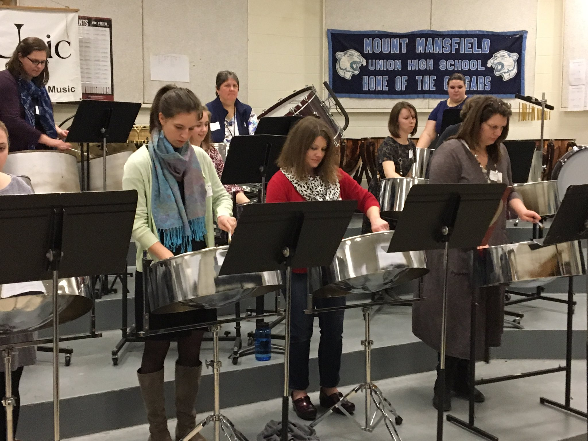 Vermont music educators taking a steel drum workshop at the VMEA elementary choral festival. They also performed at concert!~#MIOSM #NAfME https://t.co/tSPRC9Q5WH