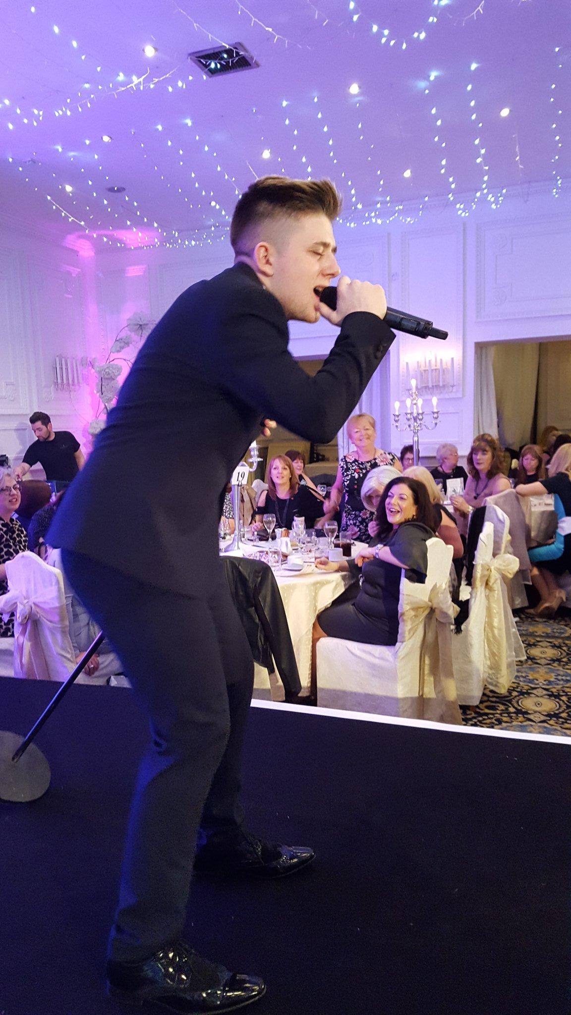 RT @StAndrewHospice: Nicholas Mcdonald entertaining our Ladies 🎶 https://t.co/kU6rT1mHXE