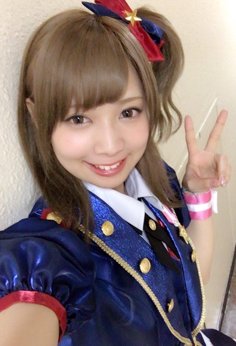 ミリオンライブ!4thライブin日本武道館!!!ありがとうございましたー!!!プロデューサーさんの、愛、笑顔、応援沢山もらえました!この先のミリオンもずっと応援してほしいな…!写真は整理して後日、あげますね❤️とりあえず一人とガミP笑#imas_ml_4th pic.twitter.com/mvbYr2n6Sk