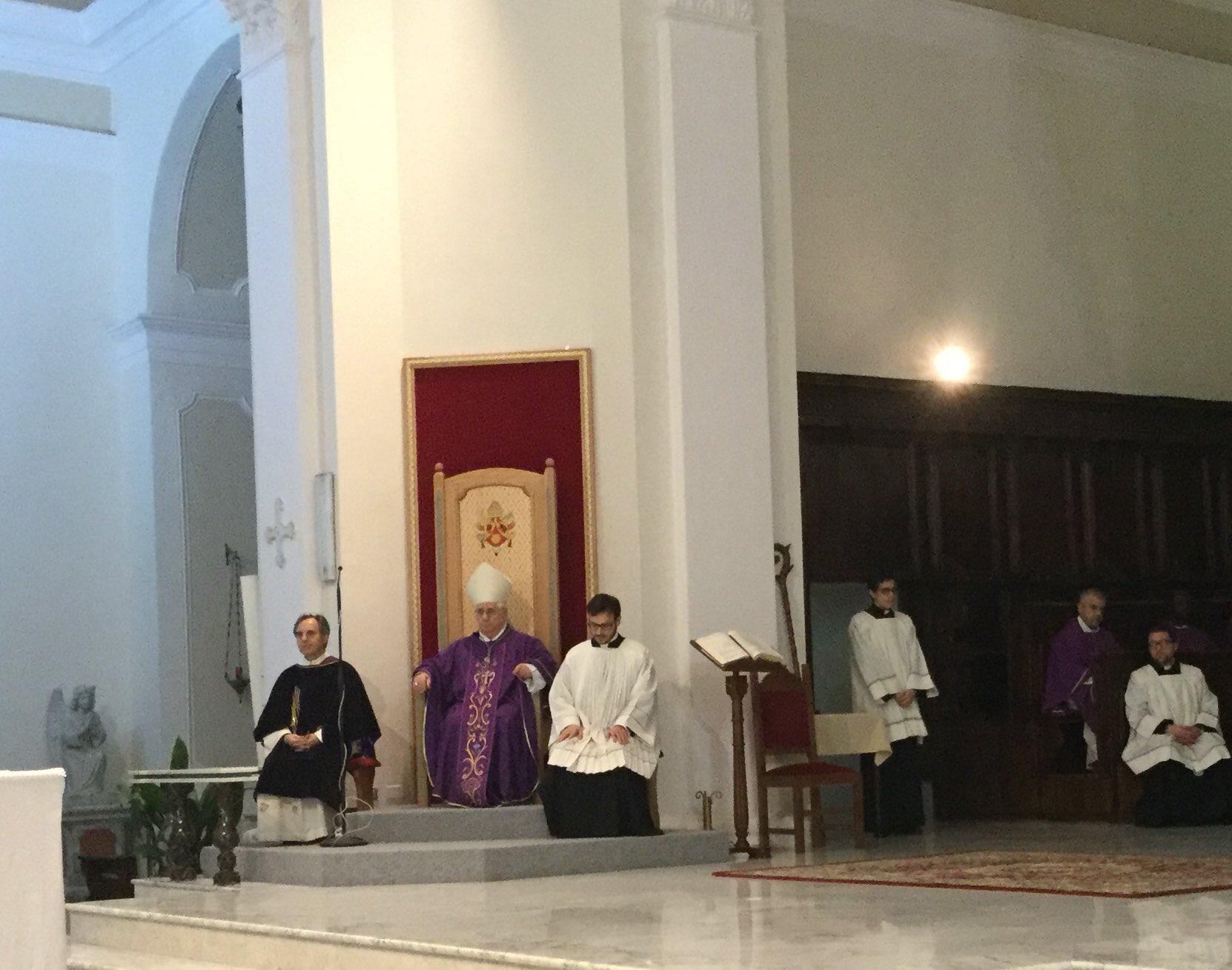 """Mons. #Cantafora a giovani #serviziocivile: """"Come #SanMassimiliano andate controcorrente con vostro servizio"""". @LuigiBobba @Pontifex_it https://t.co/rYc2CsGwzV"""