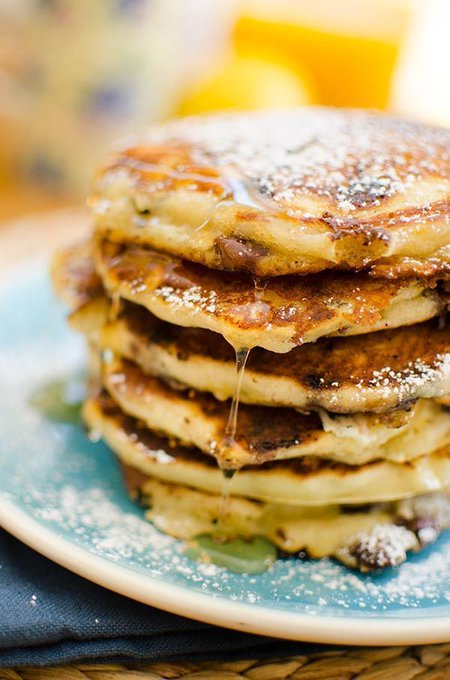 The best chocolate chip pancakes — Living Lou