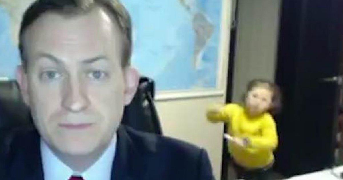 O motivo pelo qual as crianças 'invadiram' o vídeo do professor Robert Kelly 🤗 https://t.co/ah0yA5LF28