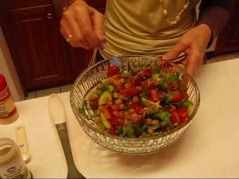 Betty's Colorful Chickpea Salad #LoveBetty #Food #Recipes