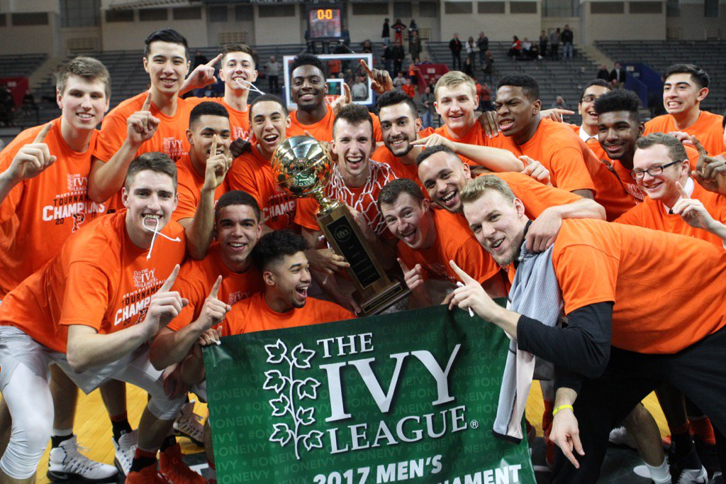 And here is the first 16-0 team in Ivy basketball history. #IvyMadness https://t.co/NGVhYVeIcH