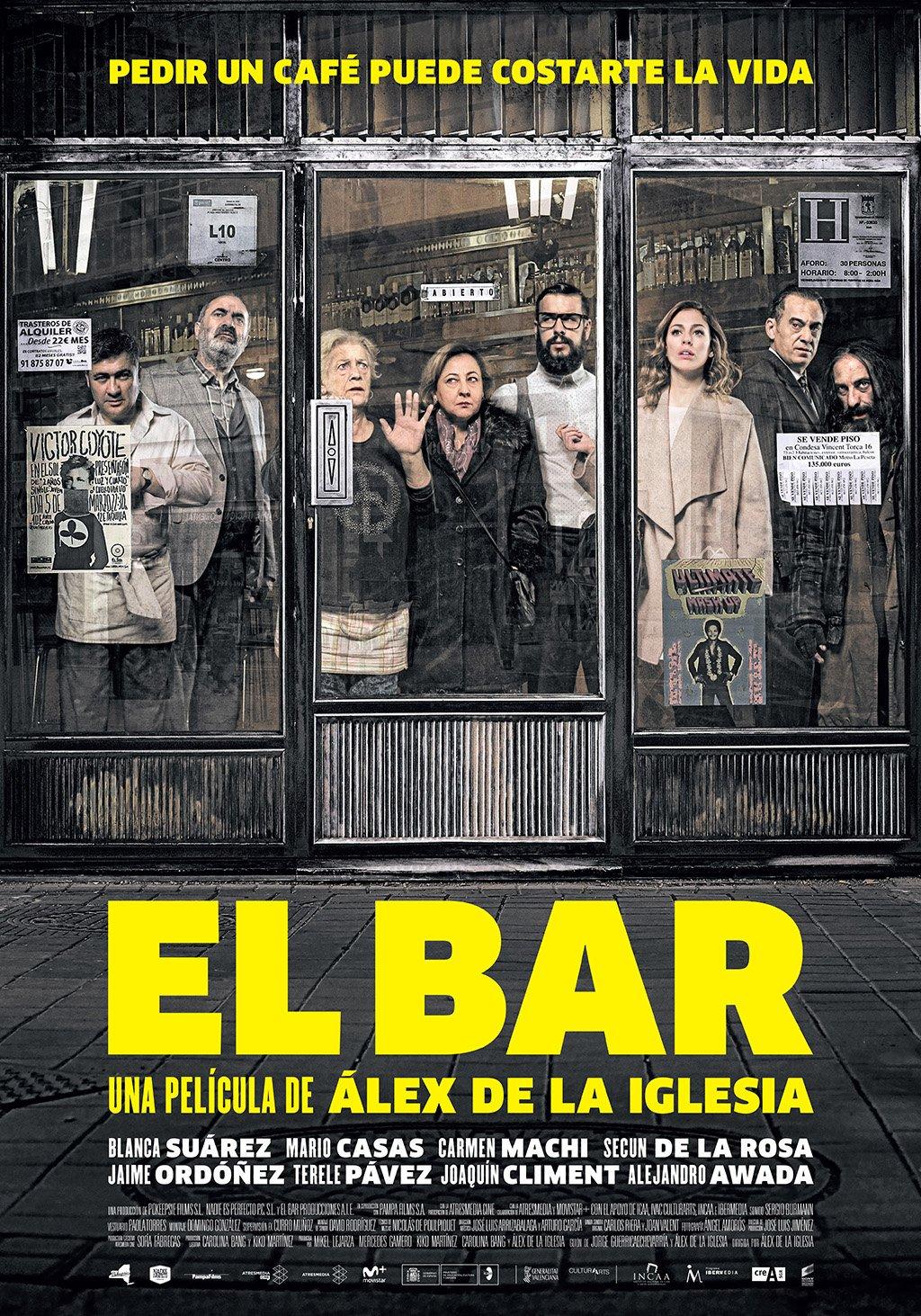 'El bar' Muy @alexdelaIglesia : gran comienzo, tensión y desvarío de los personajes que acaba en locura desatada. Revulsiva y entretenida. https://t.co/GrSBemil4k