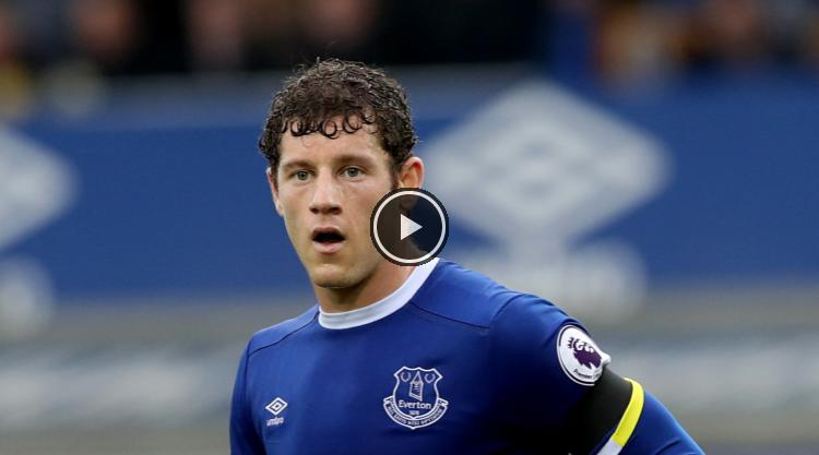 #Morgan #Schneiderlin tips Ross #Barkley to #Become one of #England&#39;s best    http:// wp.me/p67m4w-cXP  &nbsp;  <br>http://pic.twitter.com/K1Bpr5OqHo