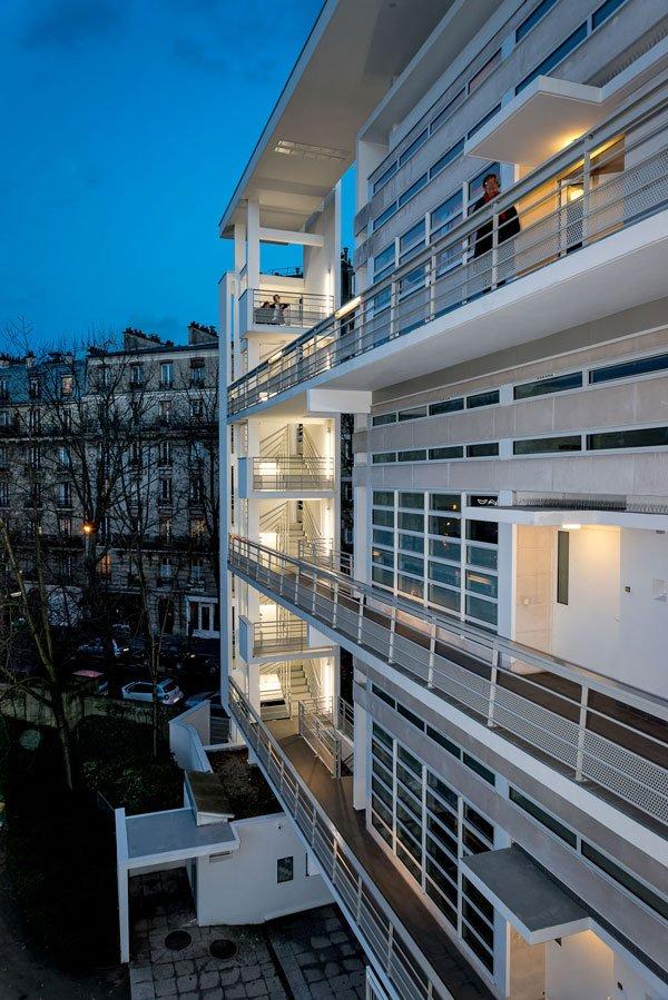 Retour sur la réhabilitation #PlanClimat de 50 logements-ateliers au 230 rue St-Charles #Paris15  http://www. rivp.fr/inauguration-d e-50-logements-ateliers-pres-du-parc-andre-citroen/#more-7061 &nbsp; … <br>http://pic.twitter.com/S7XoKKcBlm