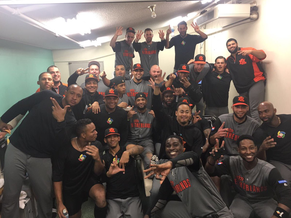 Victory!! Go Kingdom of the Netherlands!! 🇳🇱⚾️ https://t.co/4wOiAWwLqY
