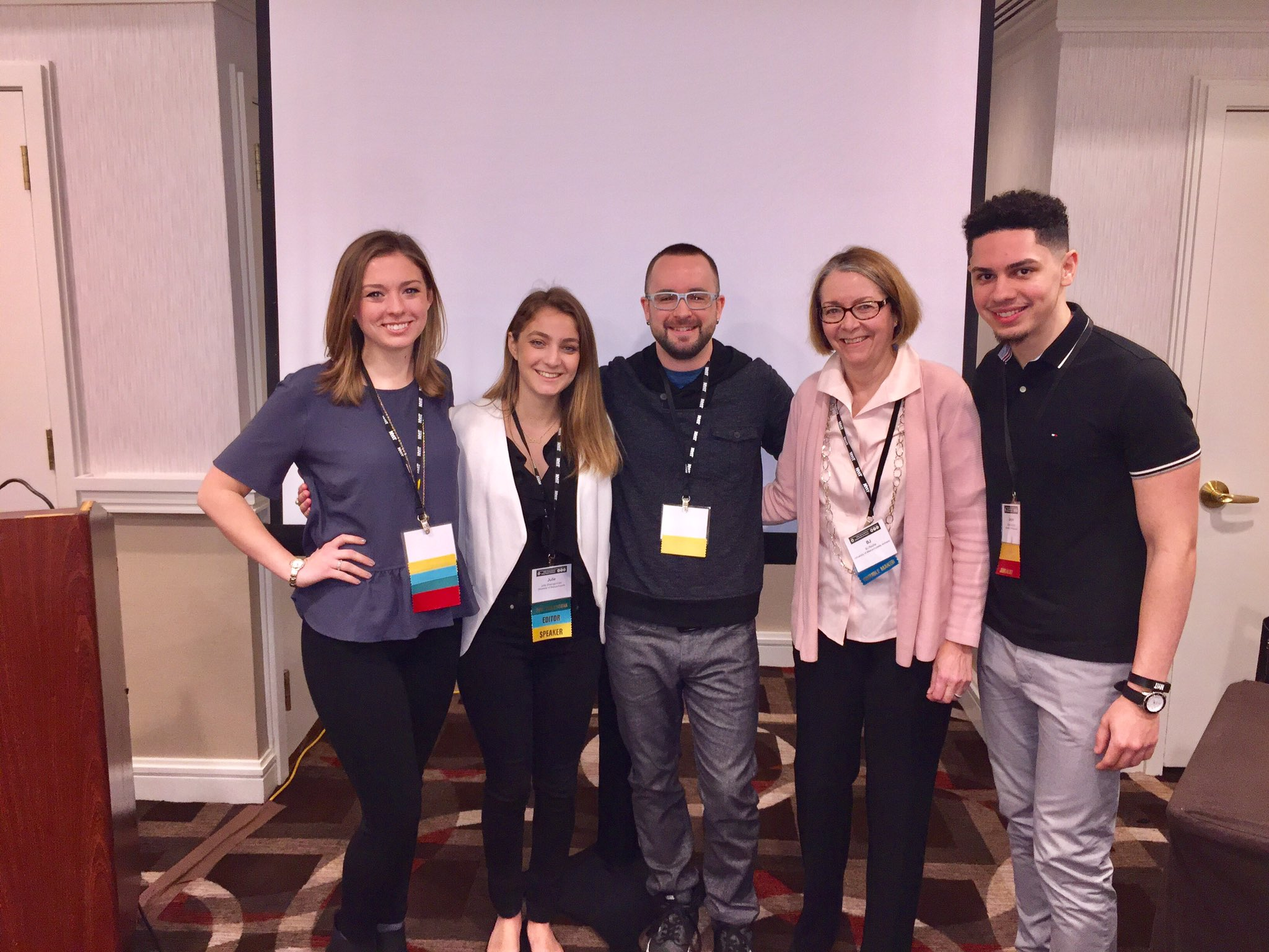 Congrats to @AmherstWire editors for presenting on FB Live @collegetalk. We are so proud! 👏🏻 #cmanyc17 https://t.co/eu5oxmqFzV
