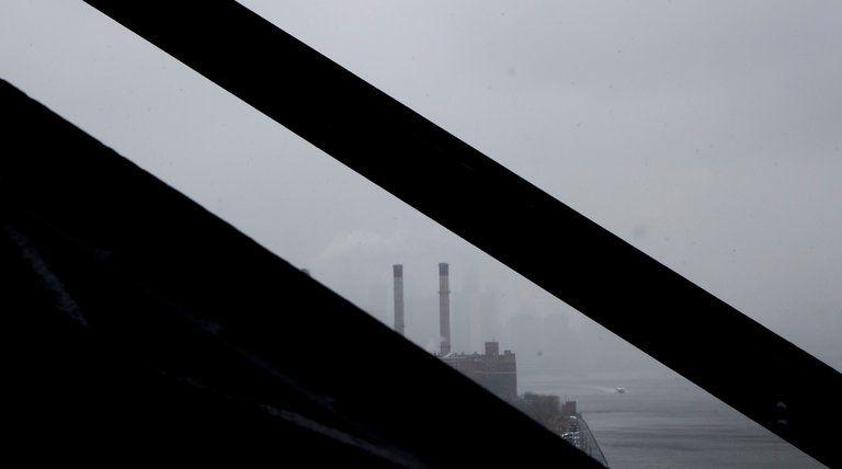 Climate Change Denialists in Charge   https://www. nytimes.com/2017/03/27/us/ politics/climate-change-denialists-in-charge.html &nbsp; …   #Resist #ClimateChange #Environment<br>http://pic.twitter.com/tVjOodI0bT