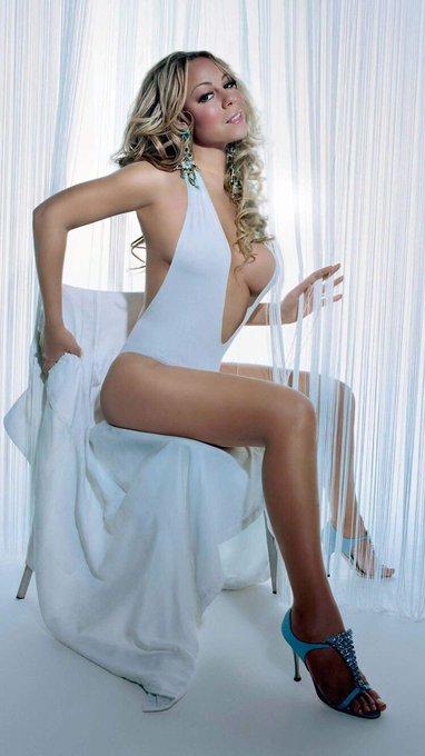 Happy birthday to beautiful Song bird    Diva my girl Mariah Carey