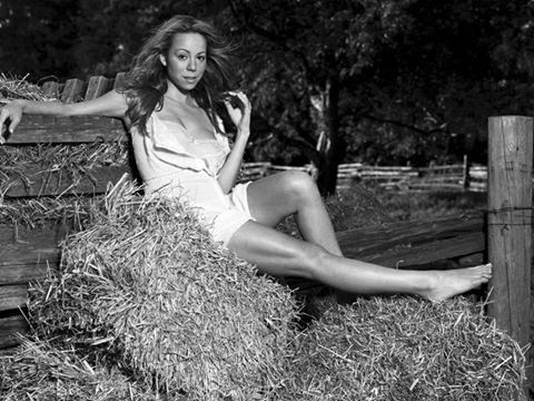 Happy Birthday to Mariah Carey!