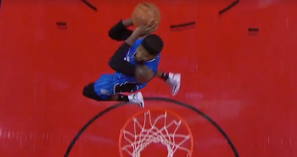 VIDEO: Terrence Ross throws down 360 dunk in return to Toronto 🏀🌀 http...