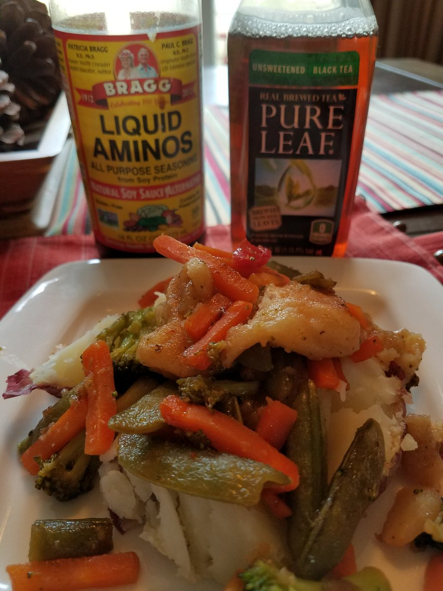 #meatlessmonday with @patriciabragg @gardein and @PureLeaf #MeatlessSt...