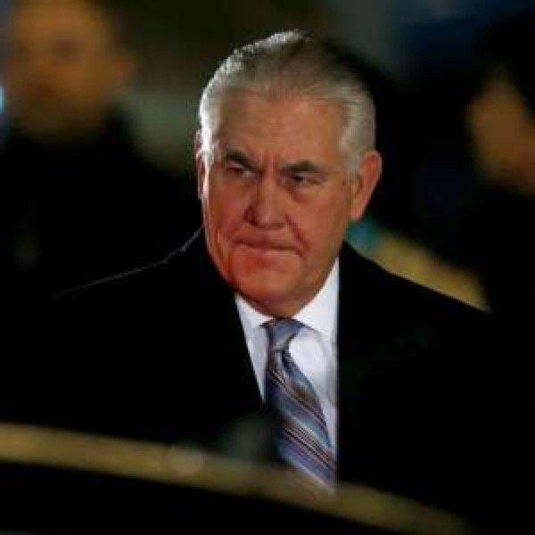 Hell Yeah! #Rexxon #Tillerson in Hot Water Over #ExxonMobil #Emails. #DemForceNewsBlitz    http:// a.msn.com/r/2/BByU741  &nbsp;  <br>http://pic.twitter.com/cVmcdirLWr