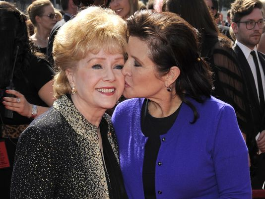 http:// usat.ly/2nuGLli  &nbsp;   &quot; Debbie Reynolds, Carrie Fisher give one final, joyous &#39;show&#39; at memorial &quot; #Debbie Reynolds <br>http://pic.twitter.com/APGdUYW3fc