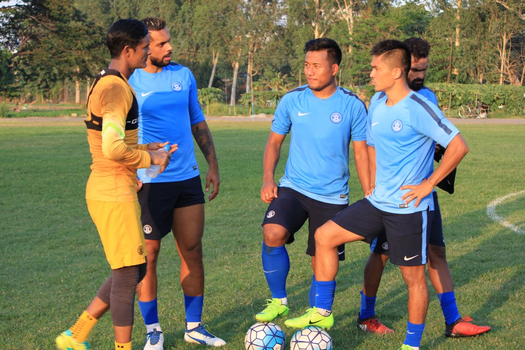 Cometh the day! Cheer loud and cheer proud for your country. #BackTheBlue always!! #MYAvIND #AsianDream<br>http://pic.twitter.com/7wuzay7P3N