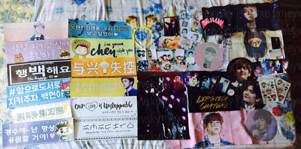 Freebies and bundles from #EXOrDIUMinManila Day1 &amp; Day2  Thank you so much to all fanbase and fanunions  <br>http://pic.twitter.com/pDBWrachng
