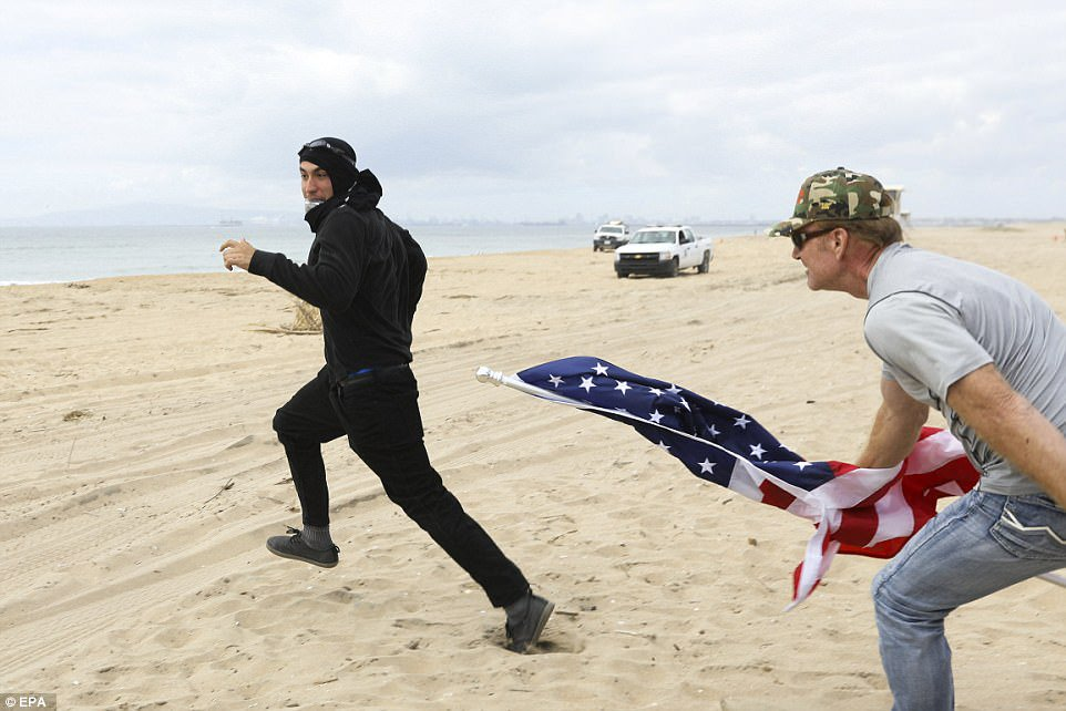 Today America has lived up to its glory. This is still a country where communists get beaten up. #ANTIFA #Trump2017 <br>http://pic.twitter.com/i18v6ywv9Z