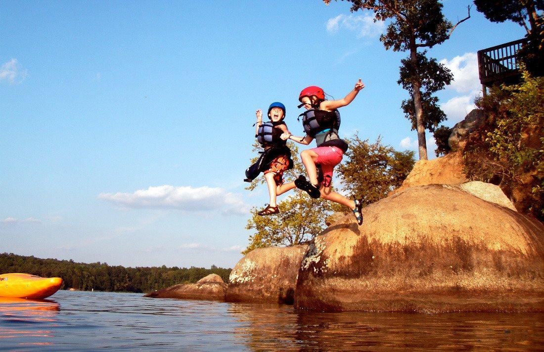Could Outdoor Adventure be a Treatment for Autism? https://t.co/fNw6sm9tLn #outdooradventure #adventureforkids #autism #tyresandsoles