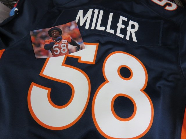 3/26                Happy Birthday Von Miller