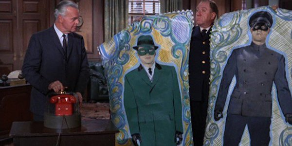 Those are some ornate police sketches. #MeTVBatman https://t.co/sIH1kO...