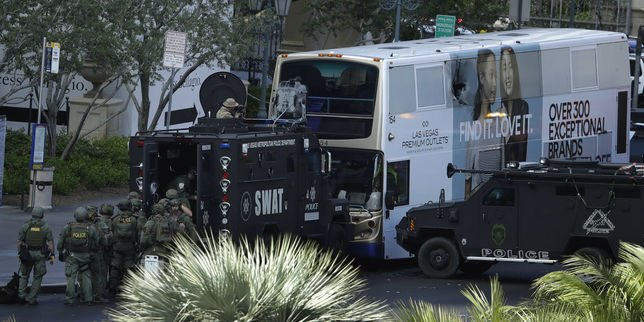 (Le monde.fr) #Fusillade meurtrière à Las #Vegas, un suspect en garde à vue : Un homme a..  https://www. titrespresse.com/30745061612/fu sillade-vegas-meurtriere-suspect &nbsp; … <br>http://pic.twitter.com/aQKMGFF9Ln
