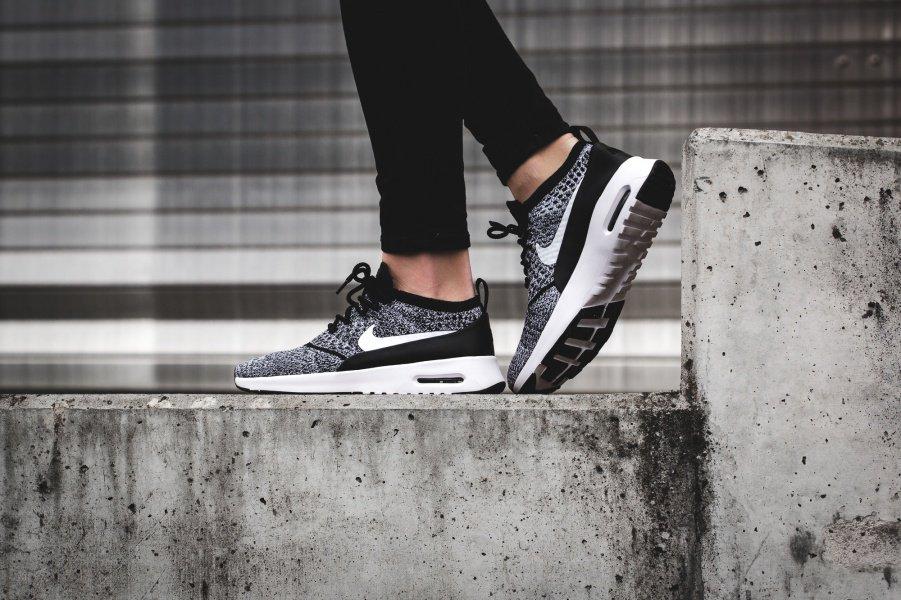 nett Nike Air Max Thea blackwhite   Solekitchen