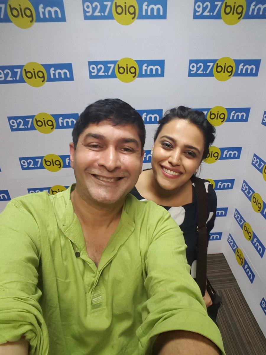 Hello hi aaye hi!! @SwaraBhaskar on my show big talkies today 7 to 9pm...