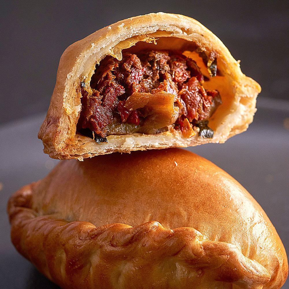 Faites vos amuse-bouche maison avec notre pirojki à la viande #recettedujour #apéritif #cuisine &gt;&gt;  http:// bit.ly/2nMkeSk  &nbsp;  <br>http://pic.twitter.com/iIHEGBPsrA