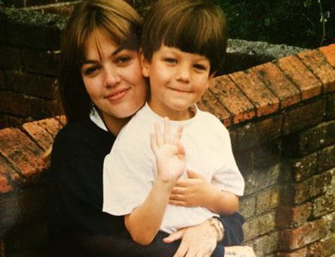 Louis Tomlinson and his Mother Johannah #MothersDay 💐 https://t.co/OQT...