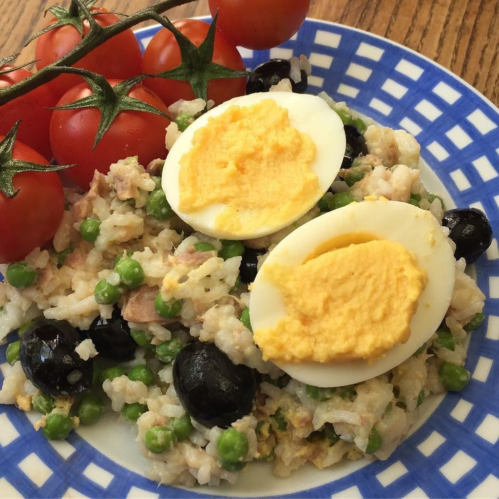 oeuf jardinière #oeuf #oeufs #petitpois #riz #cuisine #food #homemade #faitmaison N&#39;hésitez pas à nous demander la…<br>http://pic.twitter.com/NWcc0CNYy9