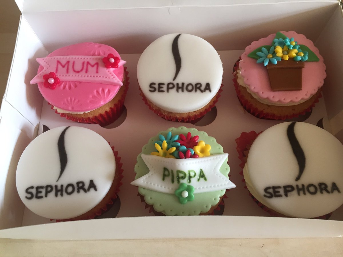 Some Mother&#39;s Day cupcakes that our good friend personalised for Pippa #MothersDay #Sephora  <br>http://pic.twitter.com/DUfv71rZpq