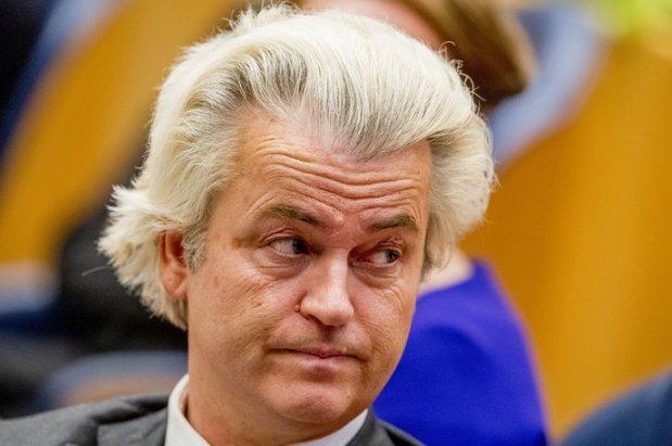 PVV opent aanval op islamitische feestdagen gemeente Almelo  https://t.co/RvFO1Wc4D2 https://t.co/fnJ7xDxxqB