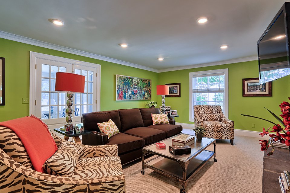 Super bright family room remodel #tv #bright #renovate #interiordesign<br>http://pic.twitter.com/kubwnzvxrD