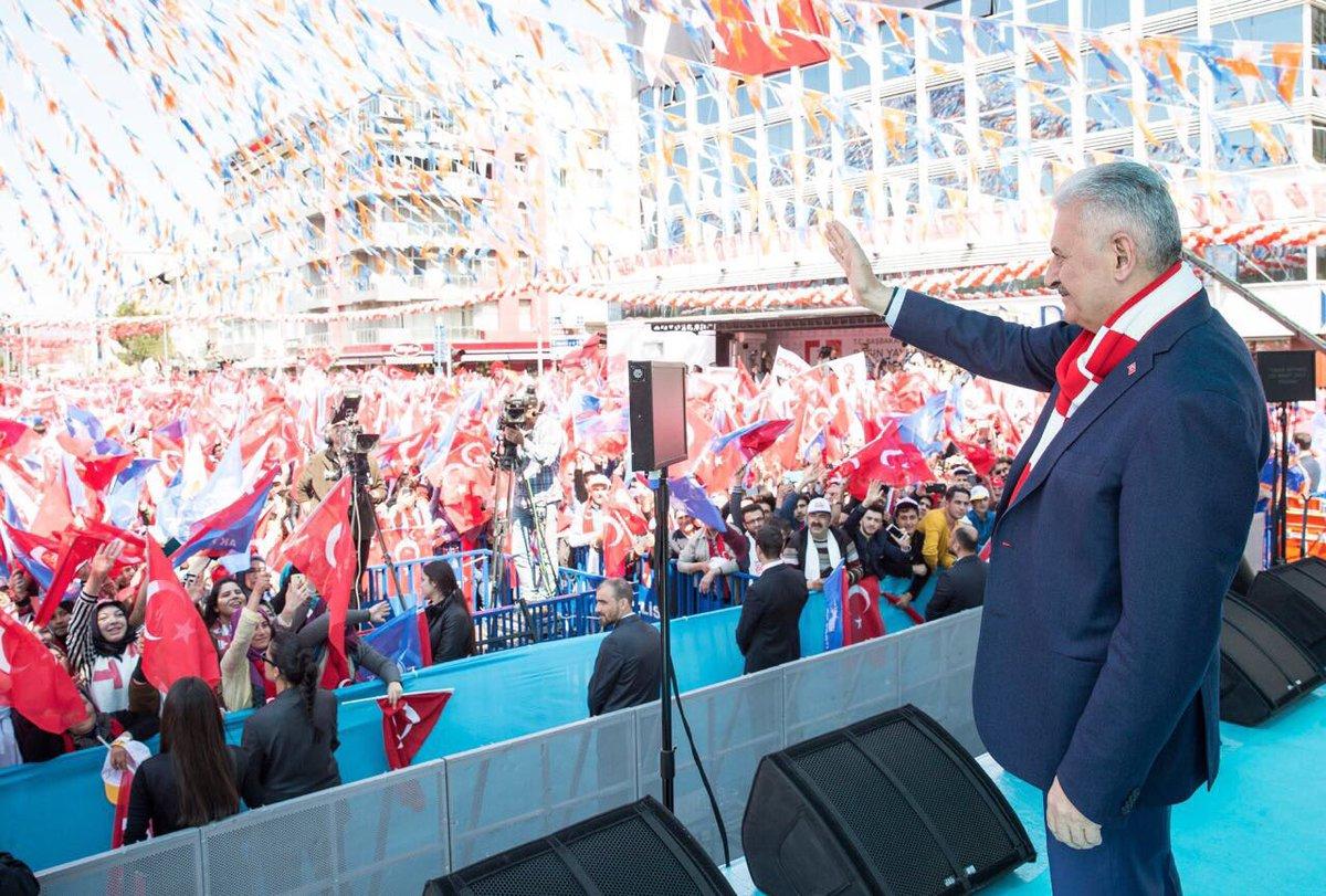 Başbakan Yıldırım, Uşak mitinginde vatandaşlarımıza hitap etti. #UşakE...