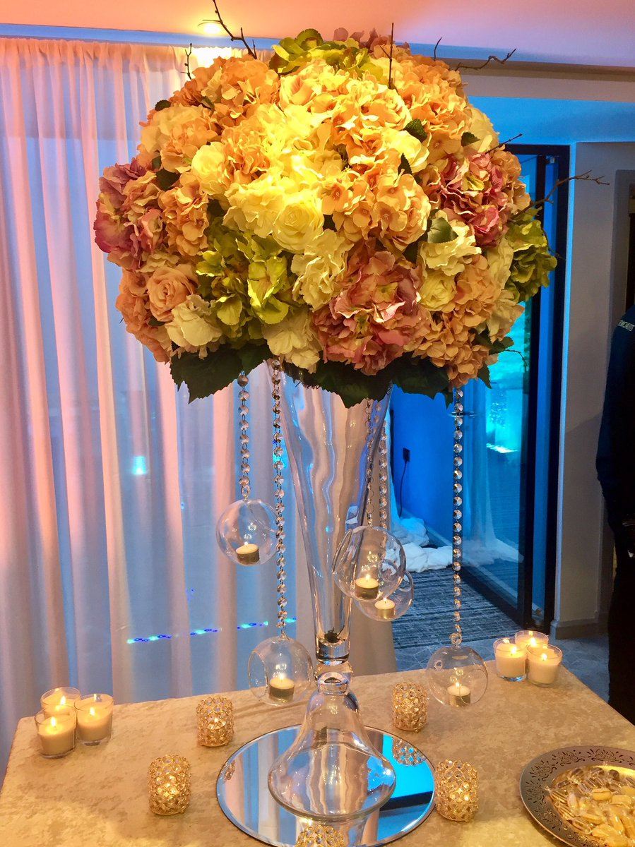 @tnaws your show is incredible. We are truly #inspired !!! #Asian #Wedding #Bright #Happy<br>http://pic.twitter.com/5pbHW4VDX7