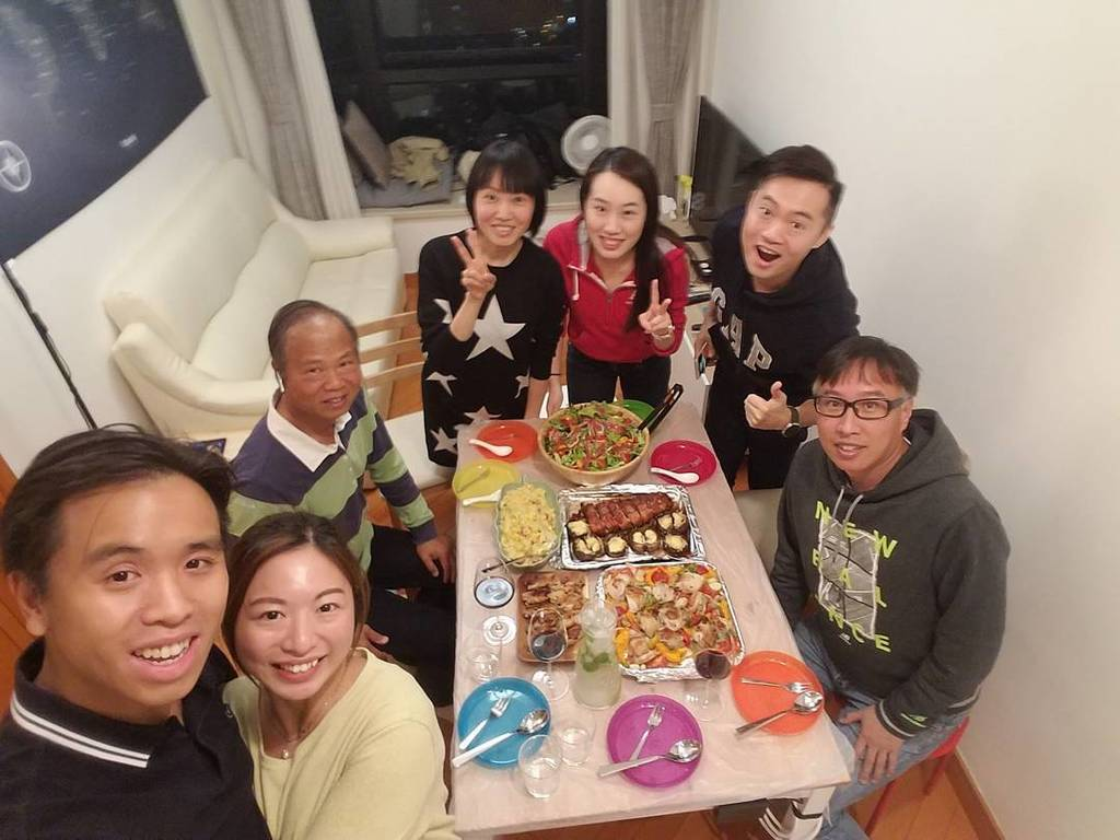 Lau's Sugar Baby Housewarming  #廚藝又進步啦 #CS_Cafe https://t.co/7uWTsd4RYk https://t.co/RqGhay6Kwp