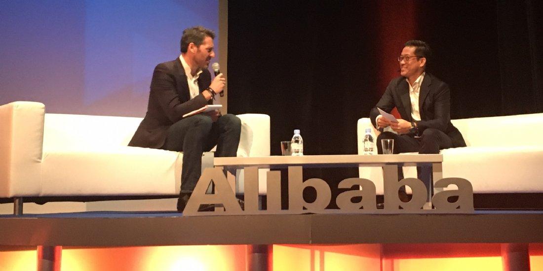 Pour #Alibaba, c&#39;est en #Chine que prend forme le retail de demain |  http://www. ecommercemag.fr/Thematique/cro ss-canal-1009/Breves/EC1to1-Alibaba-est-Chine-que-prend-forme-retail-demain-315560.htm &nbsp; …  via @Ecommercemag_fr #Retail #Ecommerce #EC1to1<br>http://pic.twitter.com/pVk0AWMD88