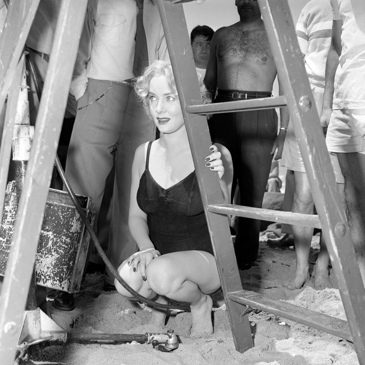 Legs Audrey Totter nudes (31 photos) Paparazzi, Twitter, braless
