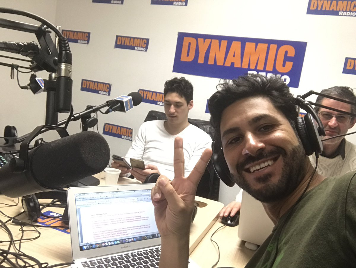 Enregistrement un dimanche sur @dynamicradio  #radio #media #SocialMedia #appli #skyguru #Webradio #digital #montparnasse #ko #passion #life<br>http://pic.twitter.com/7fXdHM5zd2