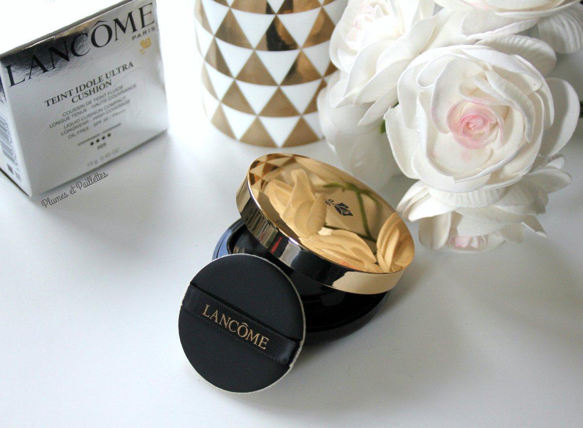 Coucou. Sur le blog je vous parle du fond de teint Idole Ultra Cushion @LancomeUSA  http:// plumes-et-paillettes.blogspot.be/2017/03/fond-d e-teint-idole-ultra-cushion-de.html &nbsp; …  #lancome #makeup #bbloggers <br>http://pic.twitter.com/nbqDbem25q