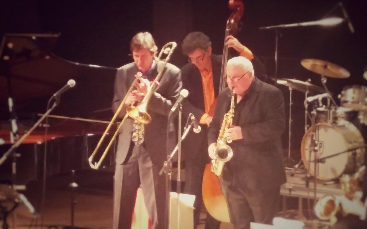 Patrick Bacqueville et Daniel Huck, les invités exceptionnels du Big Band Christian Garros. #music #festival #jazz<br>http://pic.twitter.com/5Ej66lLqog