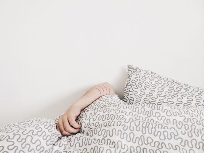 Mes conseils pour se lever tôt et être productif dès le matin !  #beauty @Myrtilla_  http:// bit.ly/2nUn07q  &nbsp;  <br>http://pic.twitter.com/FTDfidGGph